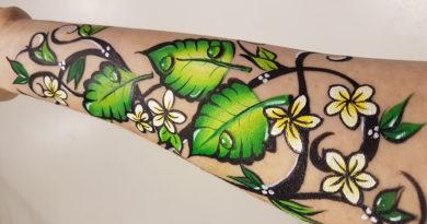 Květinový rukáv